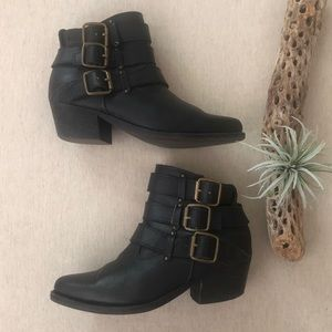 Jeffrey Campbell Western Buckle Ankle Boots sz 9